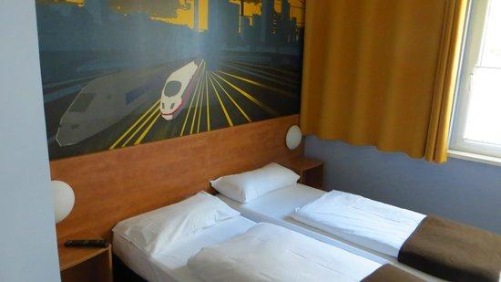 B&B Hotel Saarbrücken-Hbf: Zimmer