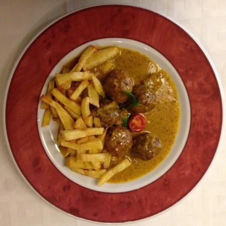 Restaurante La Solera : abondigas in almond sauce....scrummy