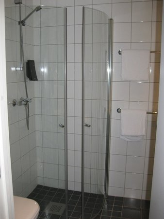 Comfort Hotel Xpress Youngstorget : Baño