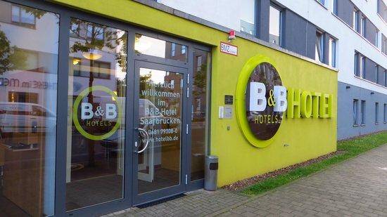B&B Hotel Saarbrücken-Hbf: Außenansicht