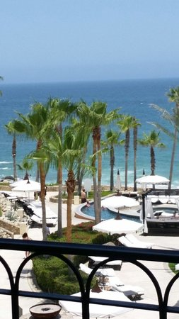 Hilton Los Cabos Beach & Golf Resort: View from our balcony on the 6th floor