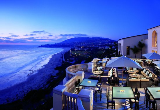 180blũ at The Ritz-Carlton : Breathtaking California coastline view from 180blũ