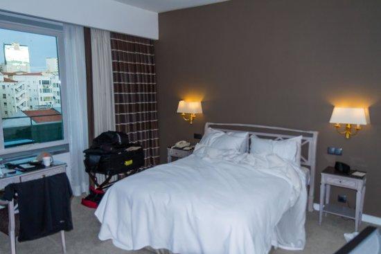 Four Seasons Hotel Ritz Lisbon: room layout