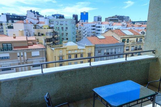 Four Seasons Hotel Ritz Lisbon: balcony