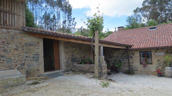 A Casa Da Torre Branca: Una de las habitaciones con la puerta abierta