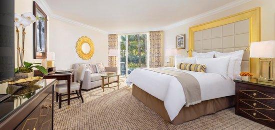 Pritikin Longevity Center & Spa: King Bedded Room