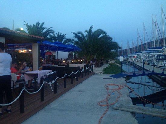 Marina, Croatia: The restaurant within the yacht-club