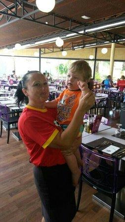 Servigroup Pueblo Benidorm : Friendly staff. June 2014