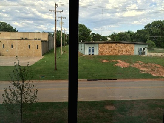 Holiday Inn Express Hotel & Suites Oklahoma City Southeast - I-35: Look out the window
