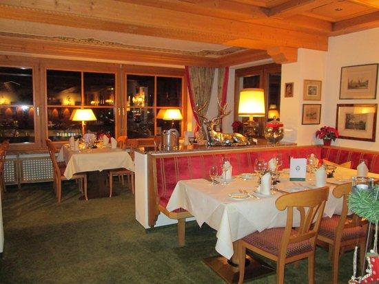 Hotel Haldenhof : Part of dining room