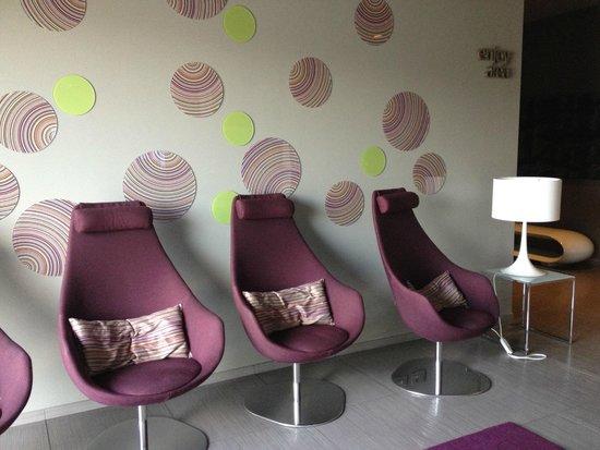 8piuhotel : Sitting area