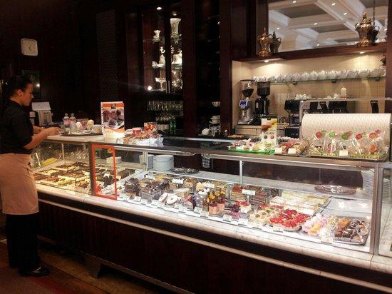 Szamos Gourmet Palace - Vaci utca: The cakes