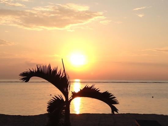 Griya Santrian: Sonnenaufgang am Strand
