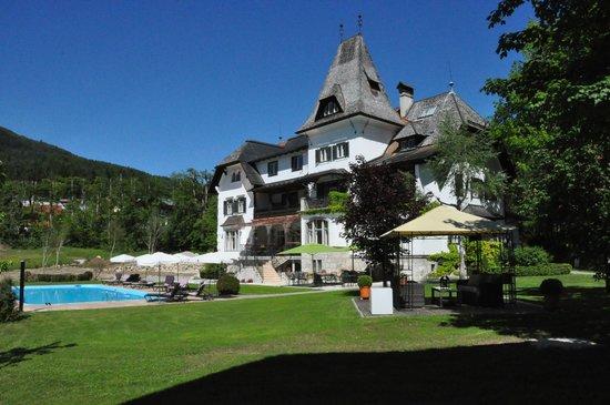 Landhaus Koller: Garten Poolanlage