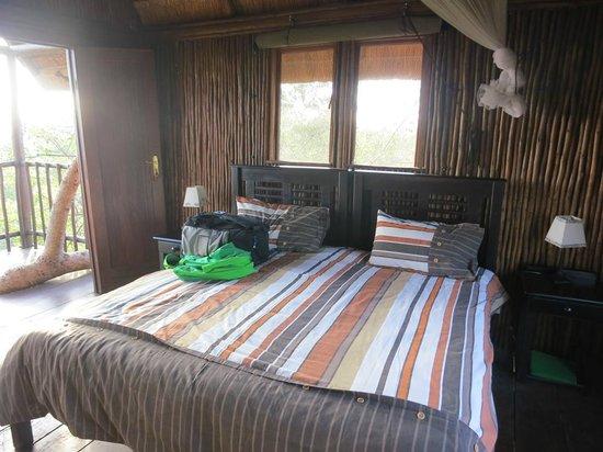 Bona Ntaba Self Catering Tree House Lodge: bedroom