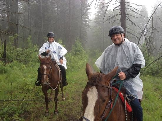 Kelowna Stables at Myra Canyon Ranch: Kelowna Stables trail ride was fantastic, even on a misty day in the Okanagan. Our trail guide,