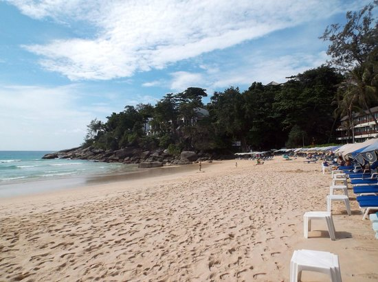 Katathani Phuket Beach Resort : spiaggia fronte hotel