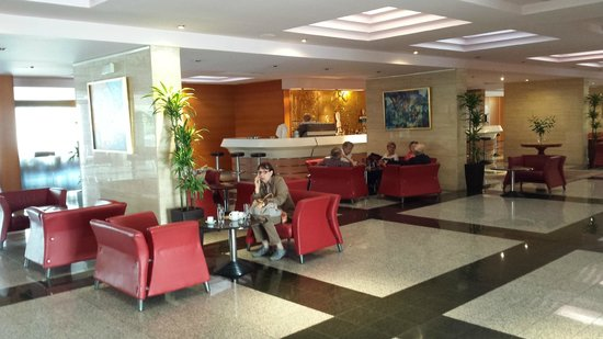 Hotel Kolovare : Coffee lounge in reception area