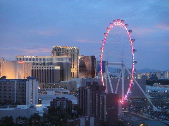 Bally's Las Vegas: Vista para fora