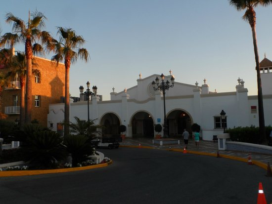 ClubHotel Riu Chiclana: Hotel entrance