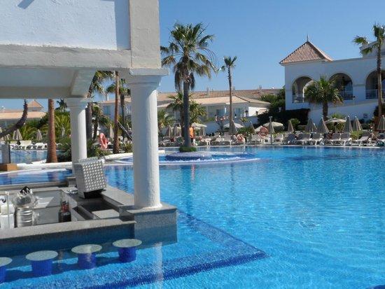 ClubHotel Riu Chiclana: Pool bar