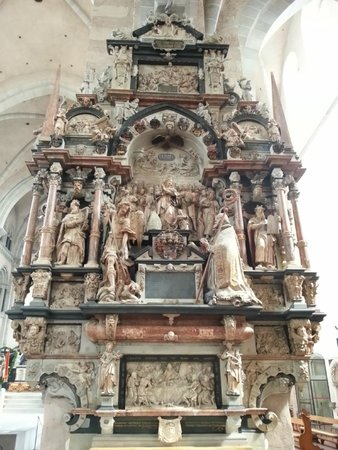 Dom St. Peter: Собор Св. Петра