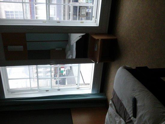 Ibis Edinburgh Centre Royal Mile: Room