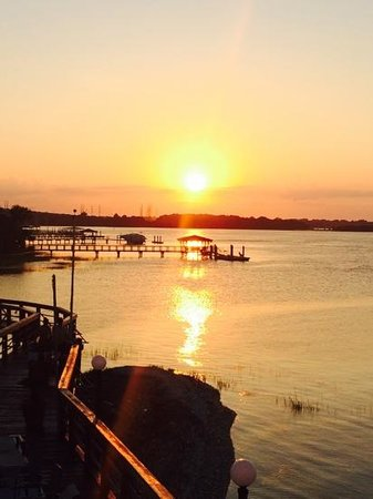 Sunset Grille: beautiful sunset