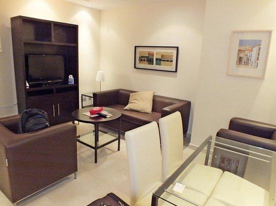 Apartamentos San Pablo: Sala do Apartamento
