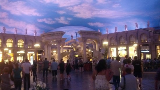 Caesars Palace : Inside Shopping Area