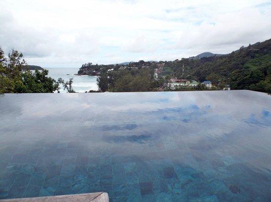 The Shore at Katathani: piscina interna