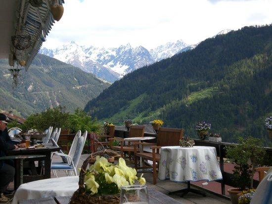 Hotel Fliesserhof: Blick von der Terrasse