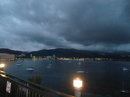 Alua Palmanova Bay : View from Outside seating area in evening