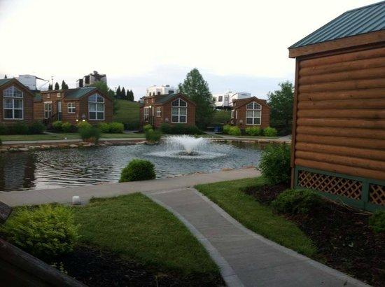 Worlds of Fun Village: Loved sitting outside enjoying my morning coffee ~ so peaceful and beautiful