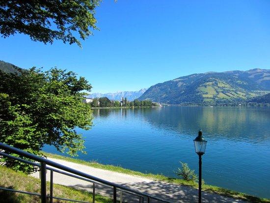 Zeller See: bike ride around the lake