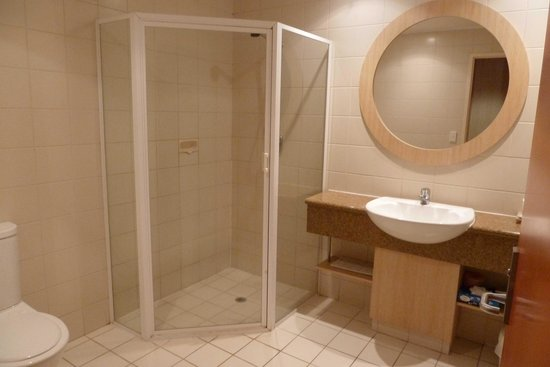 Kings Canyon Resort: Salle de bain