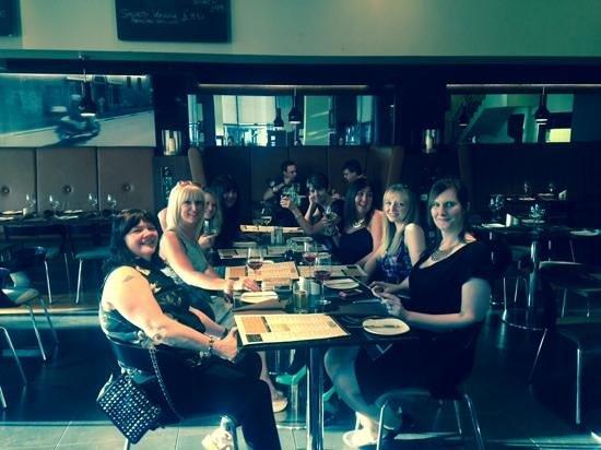 Primo Ristorante Cafe Bar: enjoying dinner