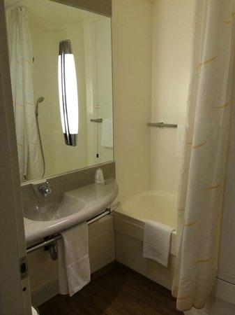 Novotel Torino : Bathroom
