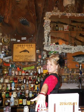 Red Dog Saloon: Happy Hostess