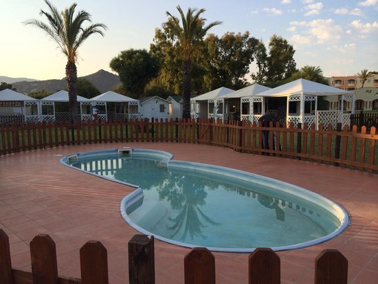 Pullman Timi Ama Sardegna : Deserted mini club with dirty pool