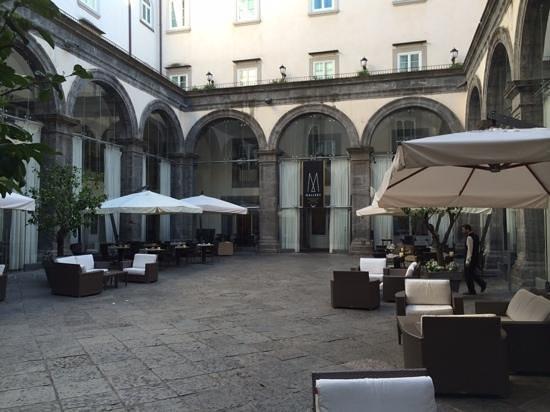 Palazzo Caracciolo Napoli - MGallery Collection: Coutryard