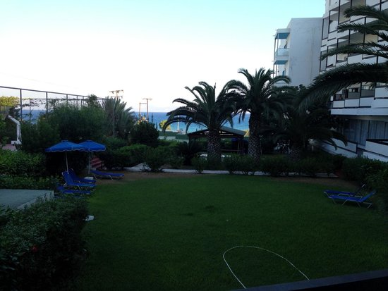 Belair Beach Hotel: View from balcony