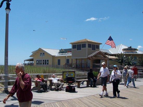 LandShark Bar & Grill Atlantic City: Great view
