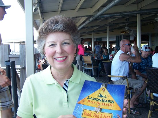 LandShark Bar & Grill Atlantic City: Fun time!