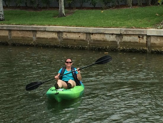 kayaks behind Sanibel Moorings