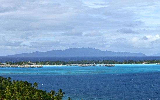 Maohi Nui : Bora Bora By Land