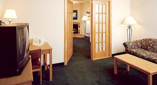 AmericInn Hotel & Suites Stillwater : Americinn Stillwater