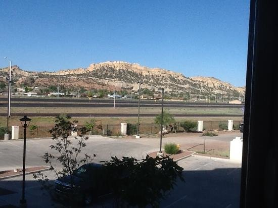 Holiday Inn Express & Suites Gallup East: the view from our window, 207 second floor
