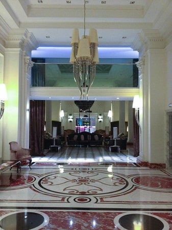Leon's Place Hotel : Foyer