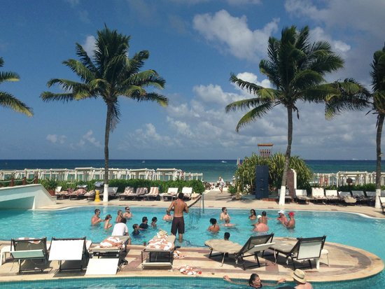 The Royal Playa del Carmen: View from Pool